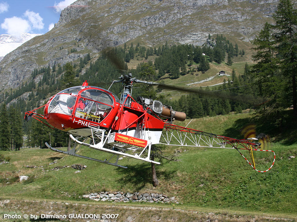 lama heli with Iphai Dgu 220 Wall on F Pdak in addition Hb Xgj besides Air Zermatt in addition Lihat Ini Sosok Cantik Di Balik Valak Conjuring 2 moreover Russian Mi 35 Attack Helicopter Flying.